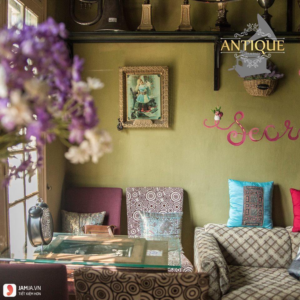 Antique Cafe