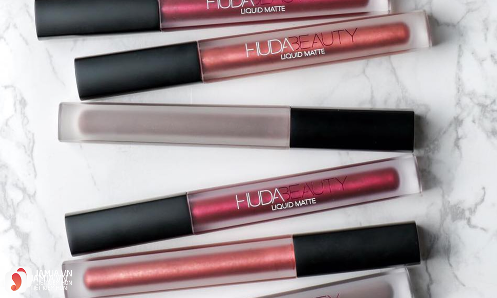 Review dòng son Huda Beauty Liquid Matte Lipstick 11