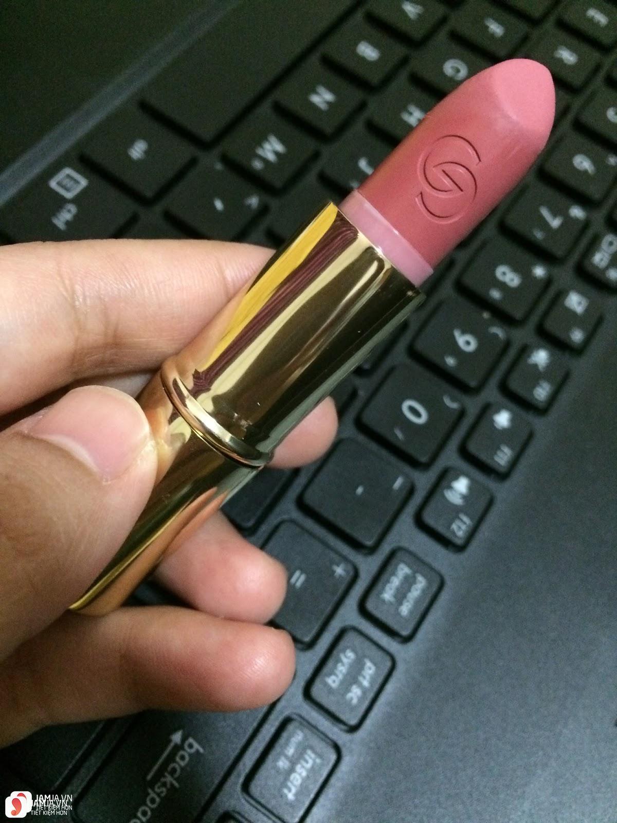 Review son Oriflame Giordani Gold Iconic Lipstick SPF15 4