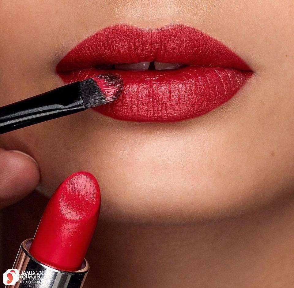 Review son Oriflame Giordani Gold Iconic Lipstick SPF15 8