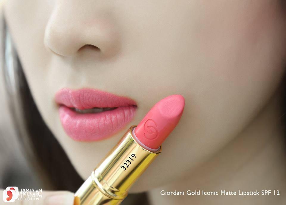 Review sonOriflame Giordani Gold Iconic Matte Lipstick SPF12 10