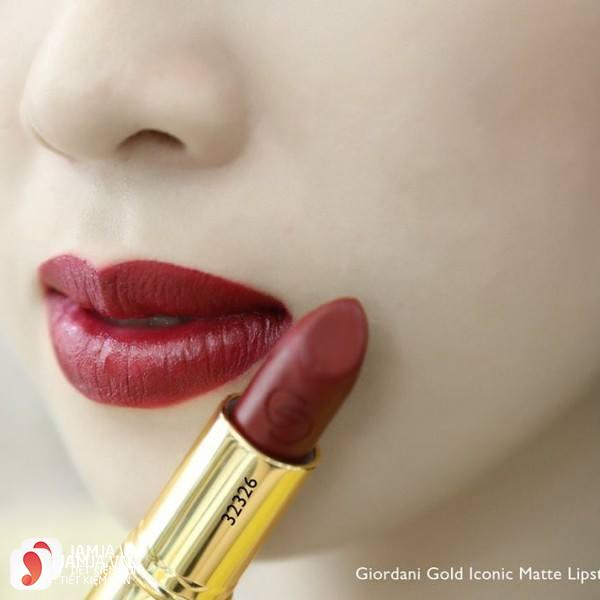 Review sonOriflame Giordani Gold Iconic Matte Lipstick SPF12 11