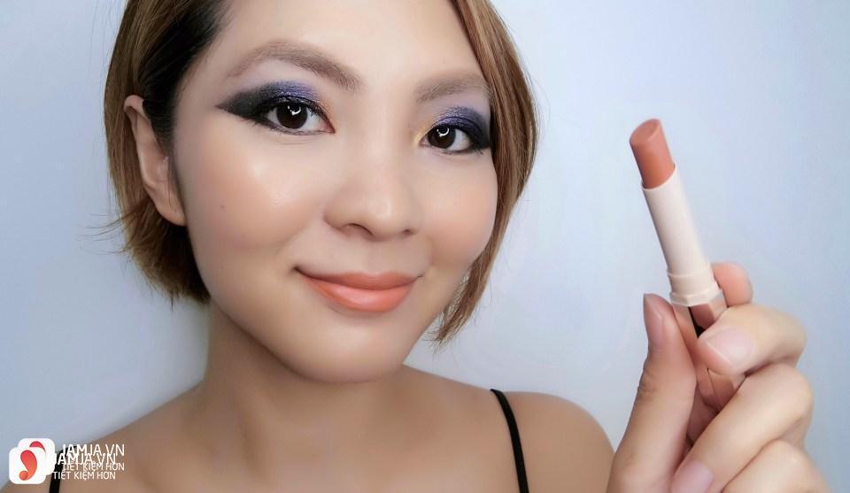 Son Fenty Mattemoiselle Plush Matte Lipstick review 10