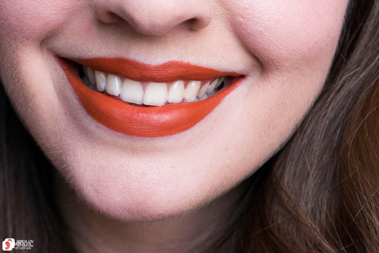 Son Fenty Mattemoiselle Plush Matte Lipstick review 11