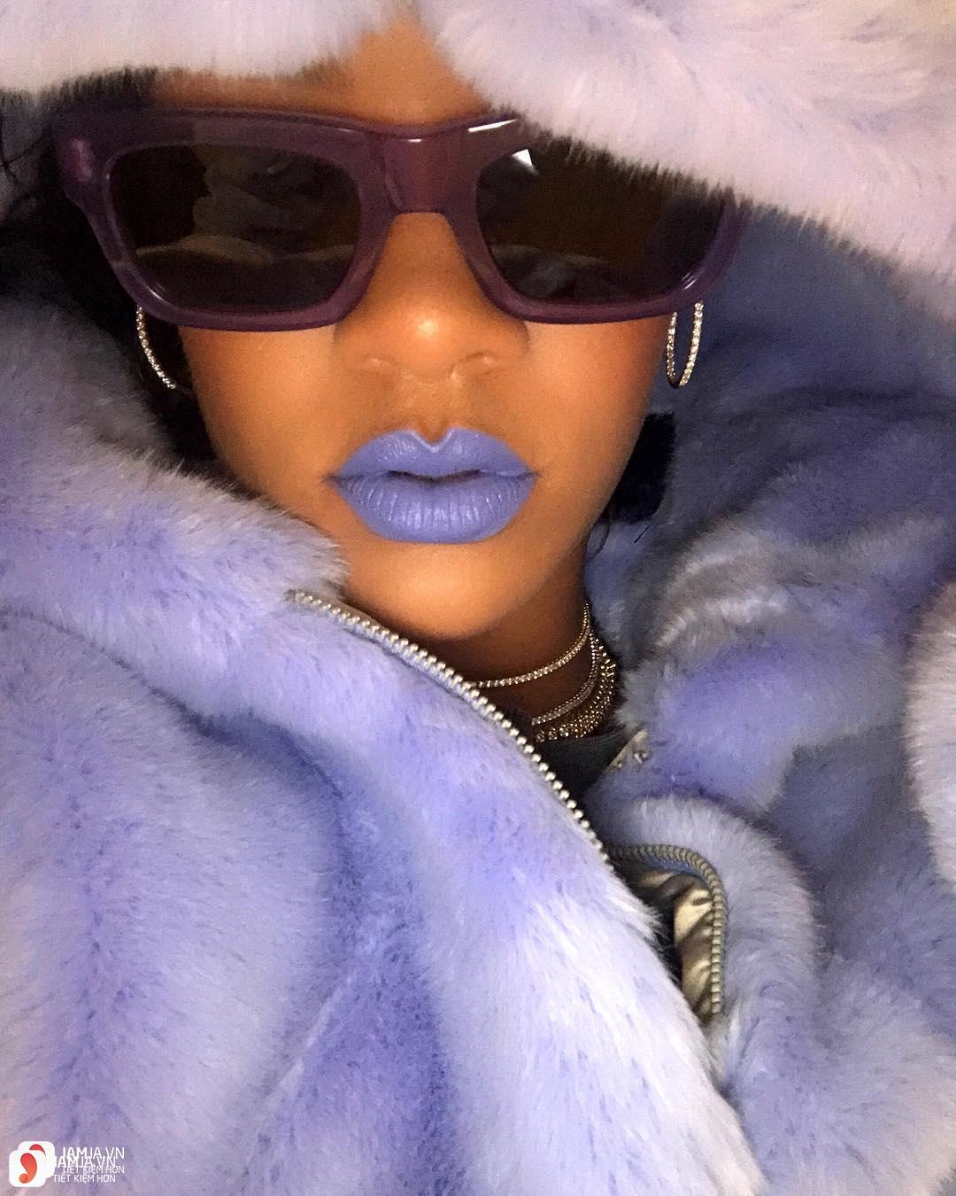 Son Fenty Mattemoiselle Plush Matte Lipstick review 16