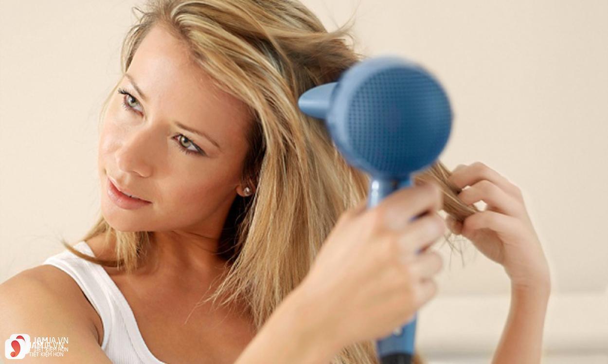 cách chọn máy sấy tóc 1