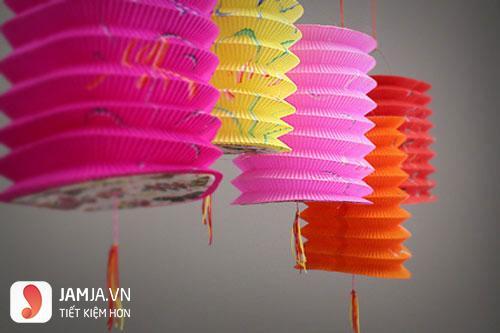 Cách làm đèn lồng bằng giấy nhún