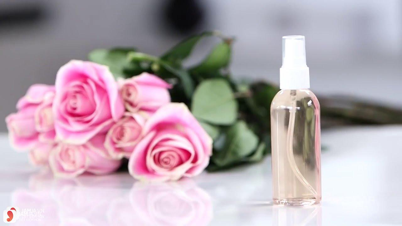 Cách làm nước hoa hồng 10