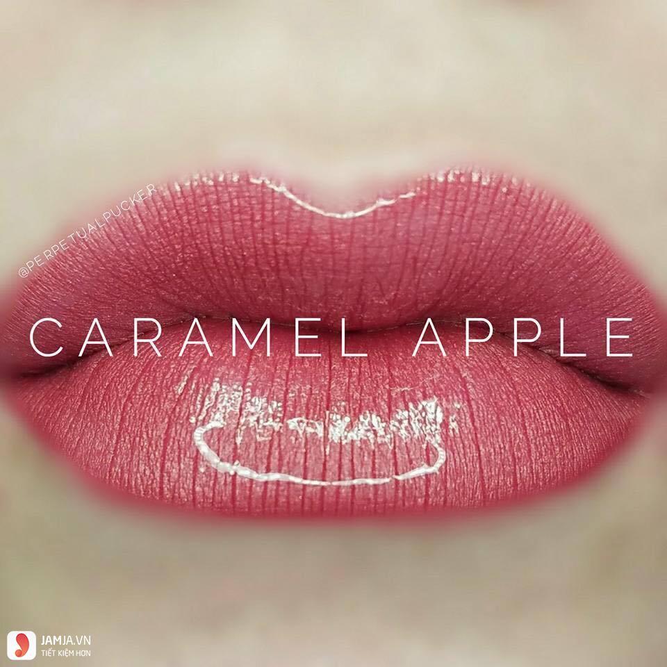 swatch son Lipsense Liquid Lip Color Mattemàu Caramel Apple