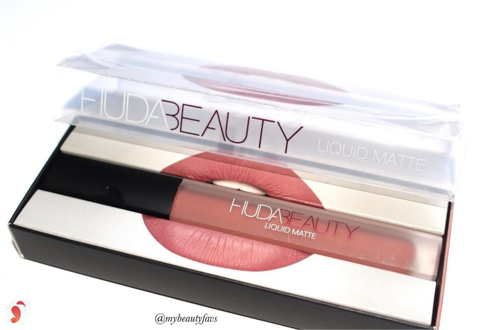 So sánh hai dòng son Huda Beauty Liquid Matte Lipstick với Kylie Lip Kit 4