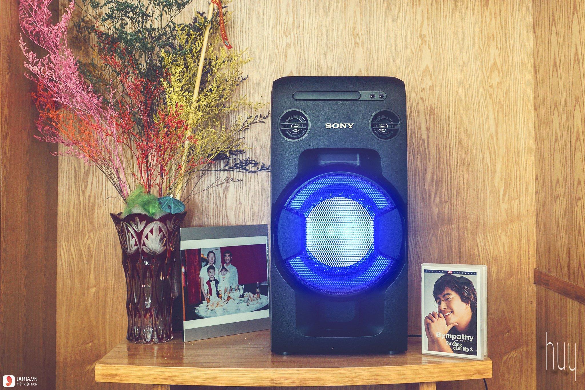 Dàn âm thanh Sony MHC-V11 ảnh2