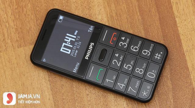 Điện thoại cho người già thiết kế như thế nào