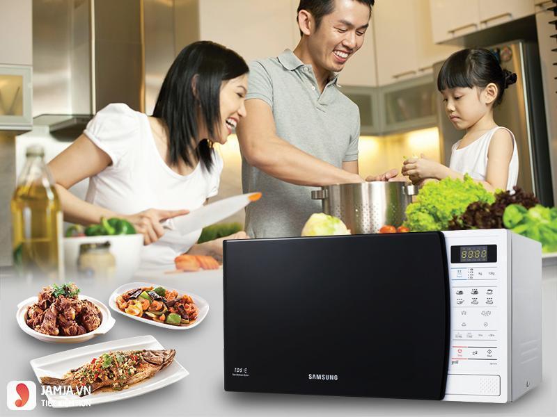Lò vi sóng Samsung GE731K/XSV