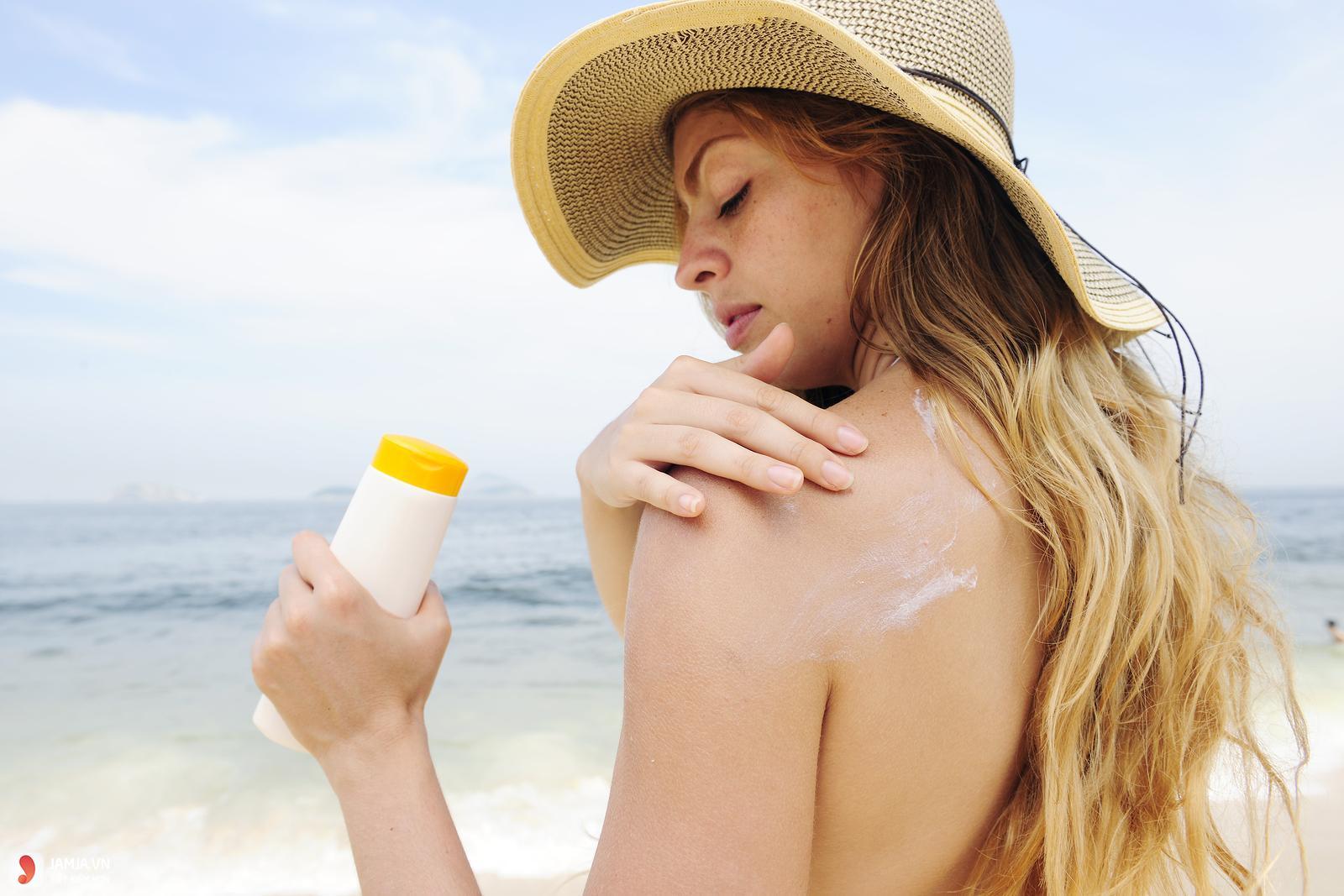 Một số tác dụng phụ khi dùng kem chống nắng 1