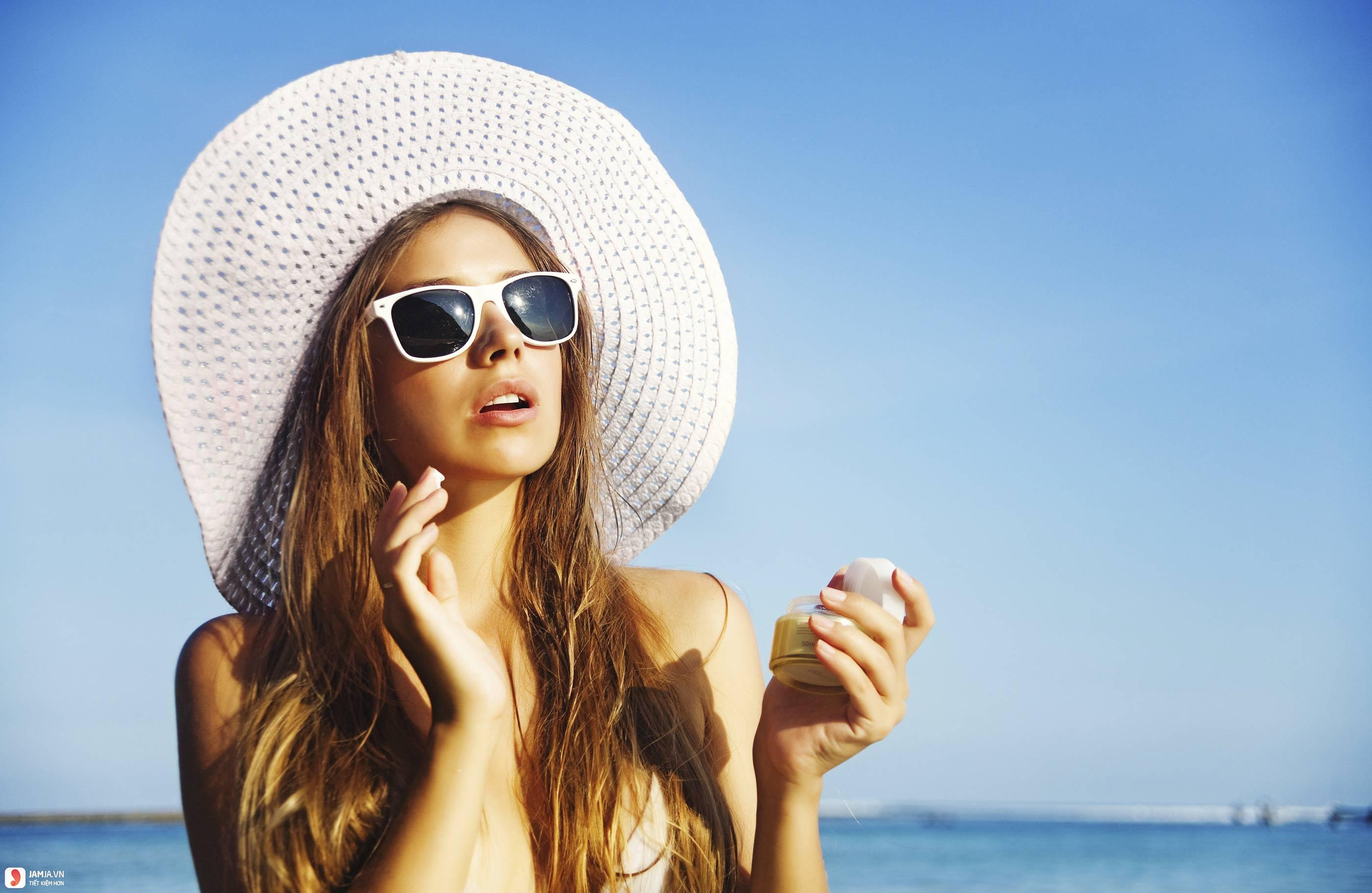 Một số tác dụng phụ khi dùng kem chống nắng 2