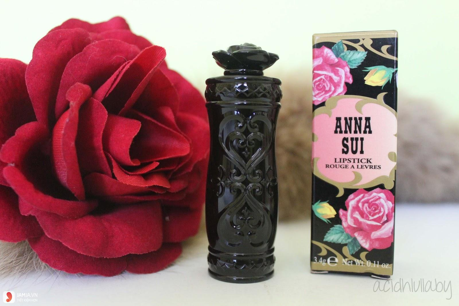 Thiết kế của son Anna Sui Drama Queen 1