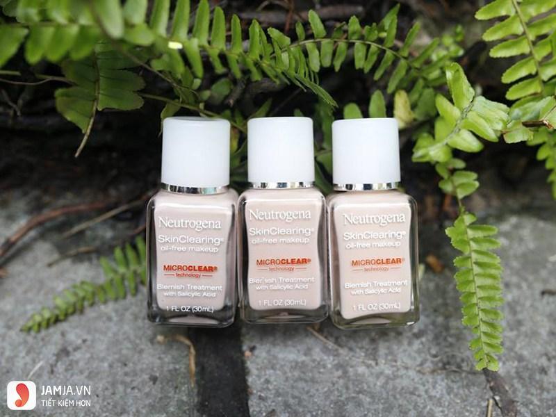 Kem nền Neutrogena SkinClearing Oil - Free Makeup 1