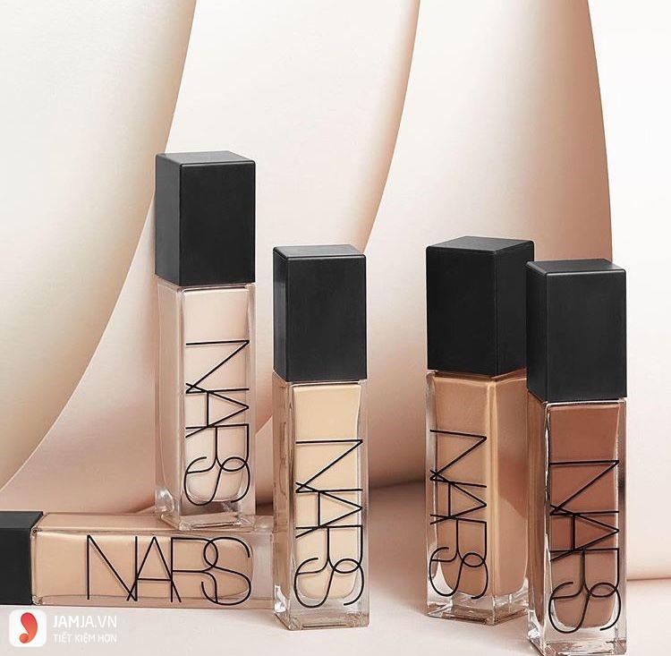 Nars Natural RadiantLongwear Foundation
