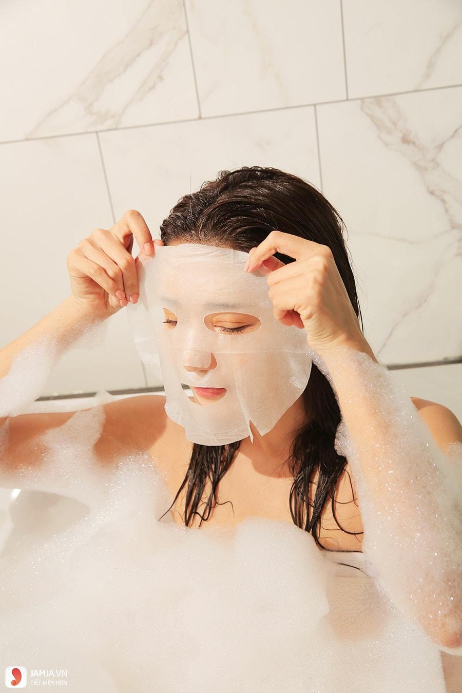 Cách sử dụng mặt nạKose Clear Turn Essence Mask hiệu quả 1