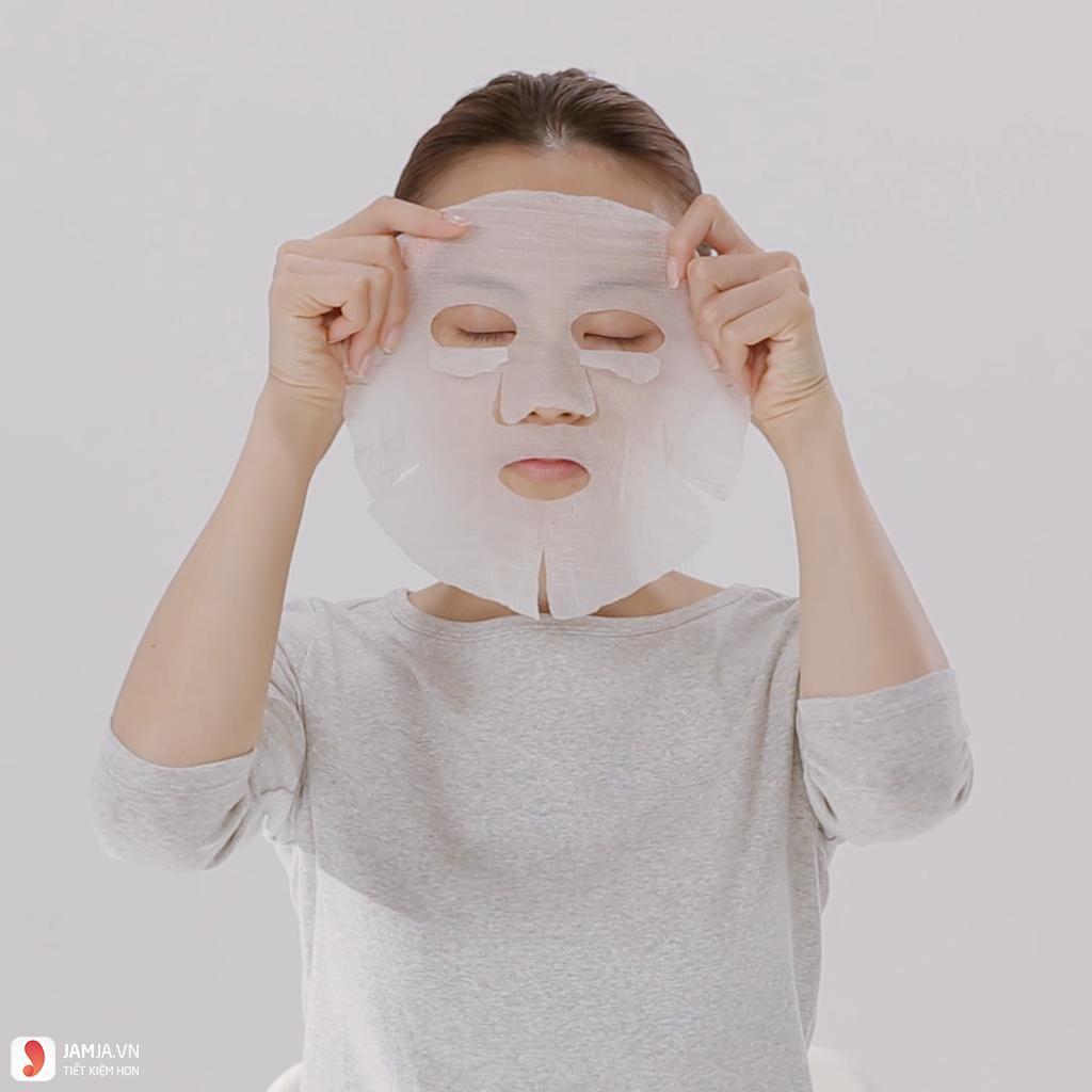 Cách sử dụng mặt nạKose Clear Turn Essence Mask hiệu quả 3