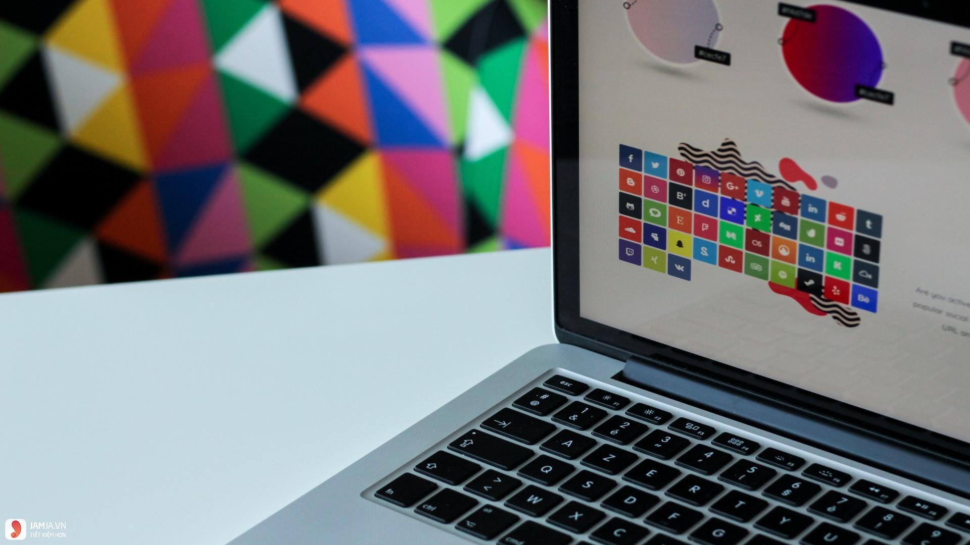 Kinh nghiệm chọn mua laptop cho dân đồ họa 11