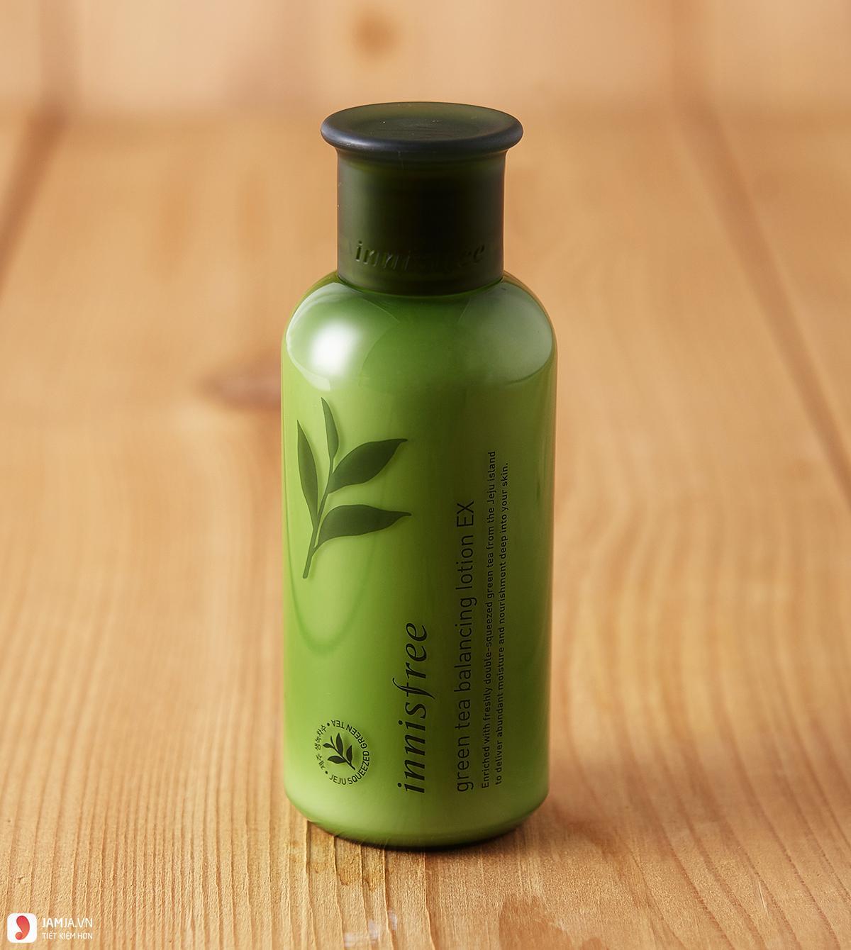 Ưu điểmInnisfree Green Tea Balancing Skin