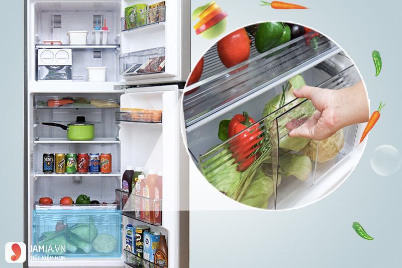 Bên trong tủ lạnh Panasonic Inverter 234 lít NR-BL267VSV1