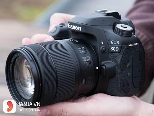 Máy ảnh DSLR Canon