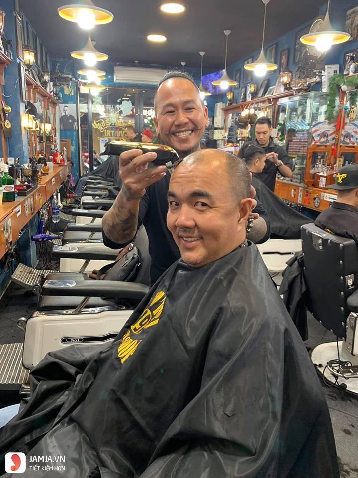 Tiệm Barber Shop Vũ Trí 2