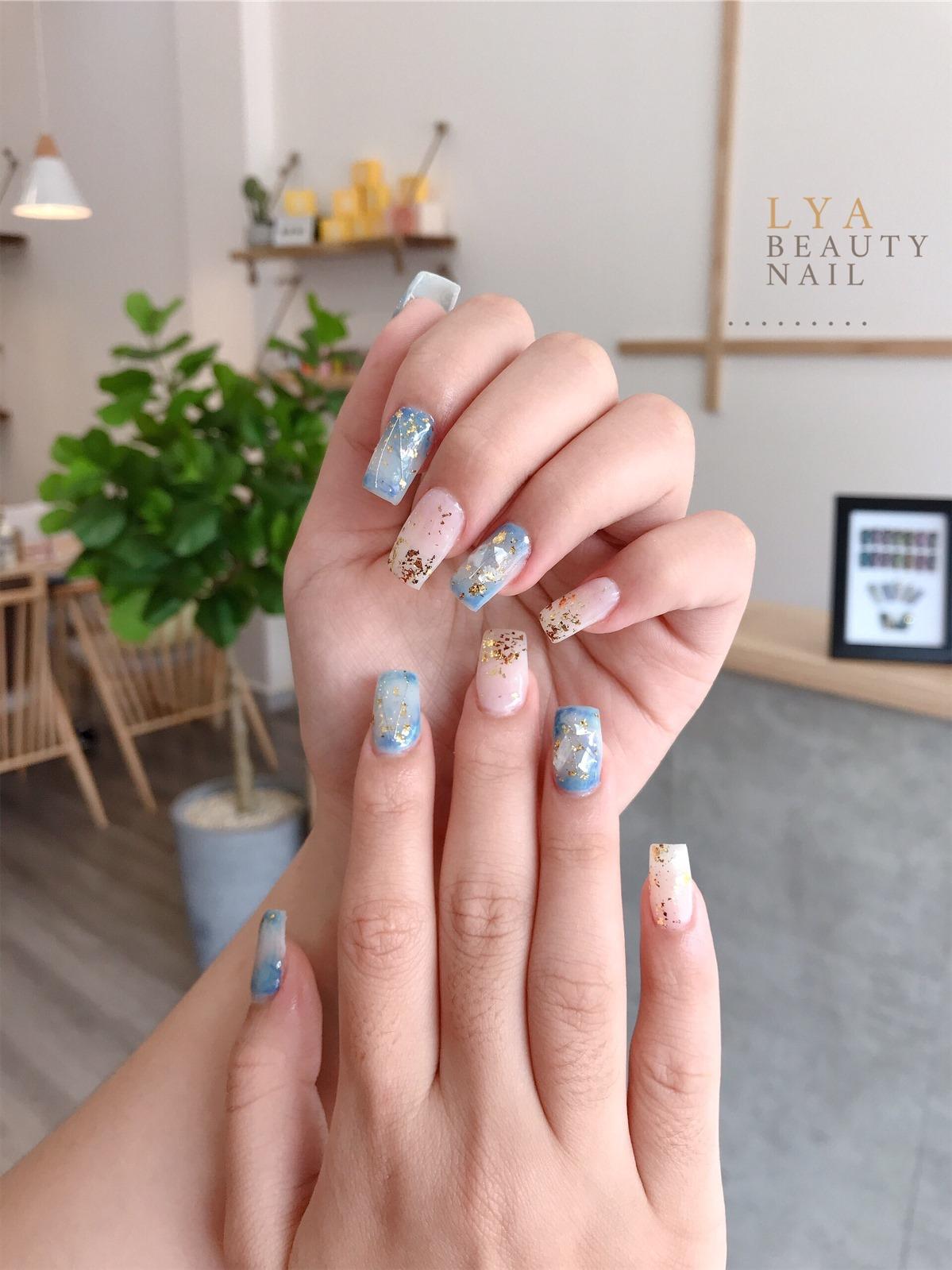 diochj vụ nail Lya Beauty Room