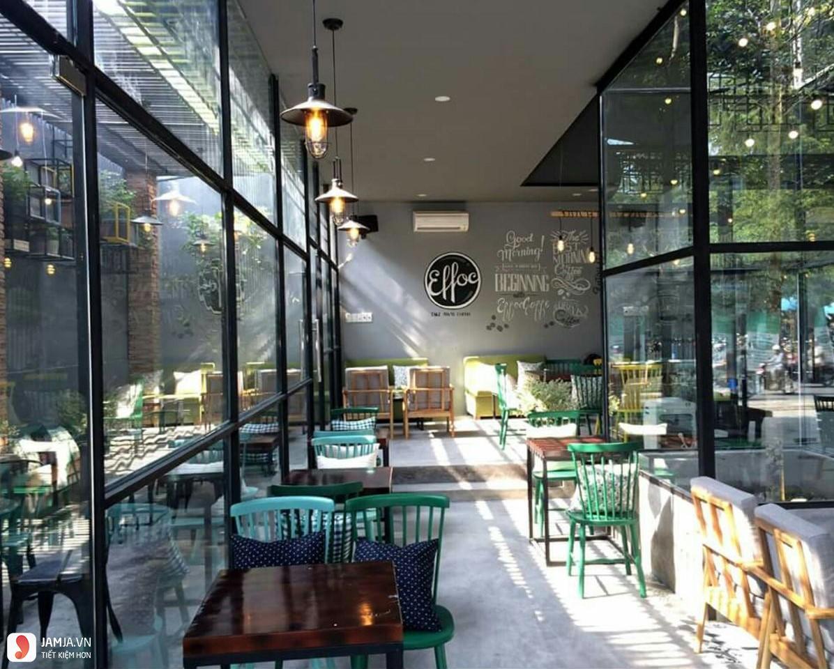 Effoc Cafe không gian