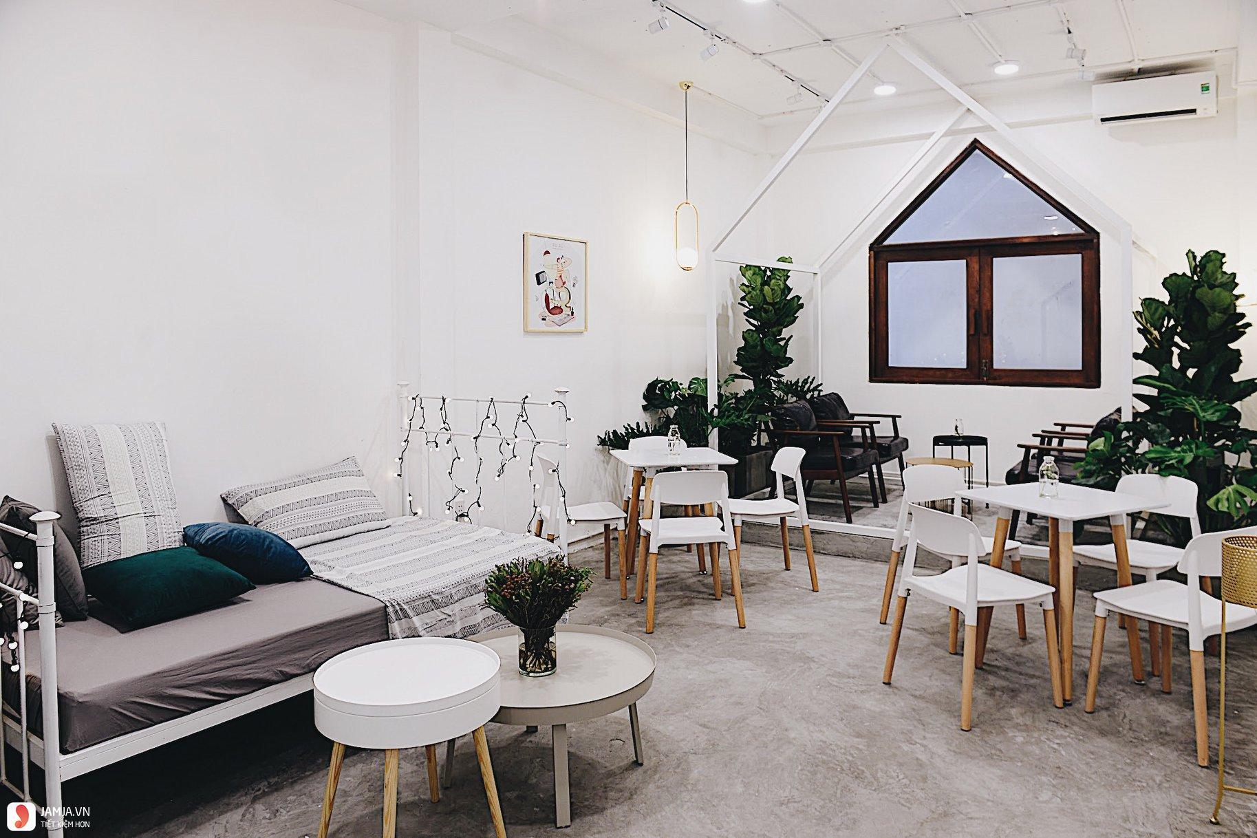 Ru Rú Cafe không gian