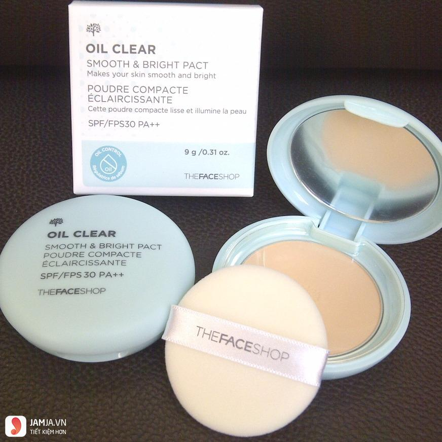 TFS Oil Clear Smooth & Bright Pact