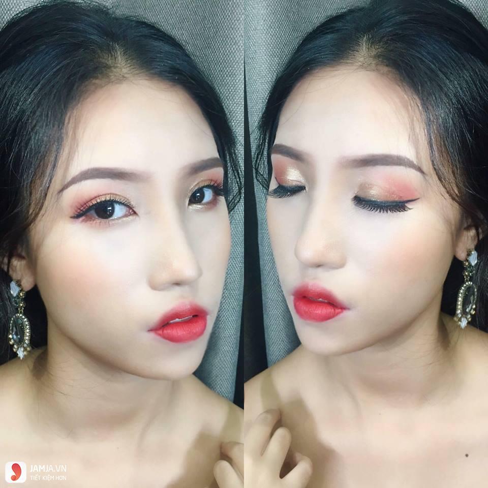 Liplip ĐÀO TẠO Make up Chuyên Nghiệp 2