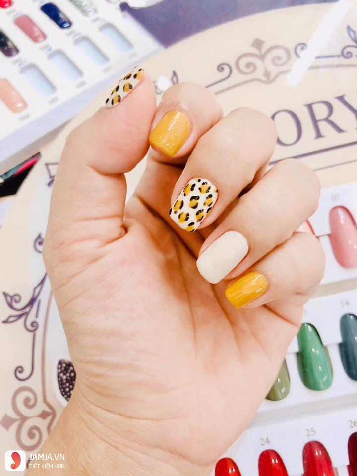Nails Plus 1