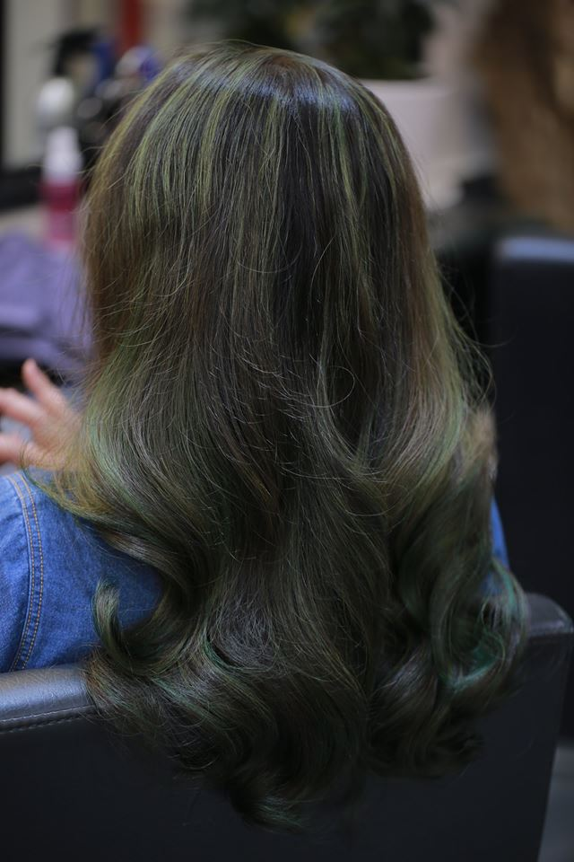 Quốc Catwalk Hair Salon 1