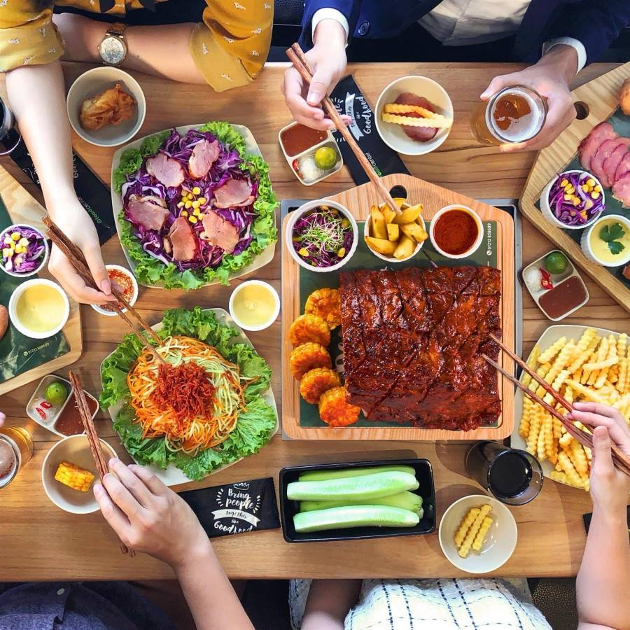 Food House NguyễnTri Phương 1