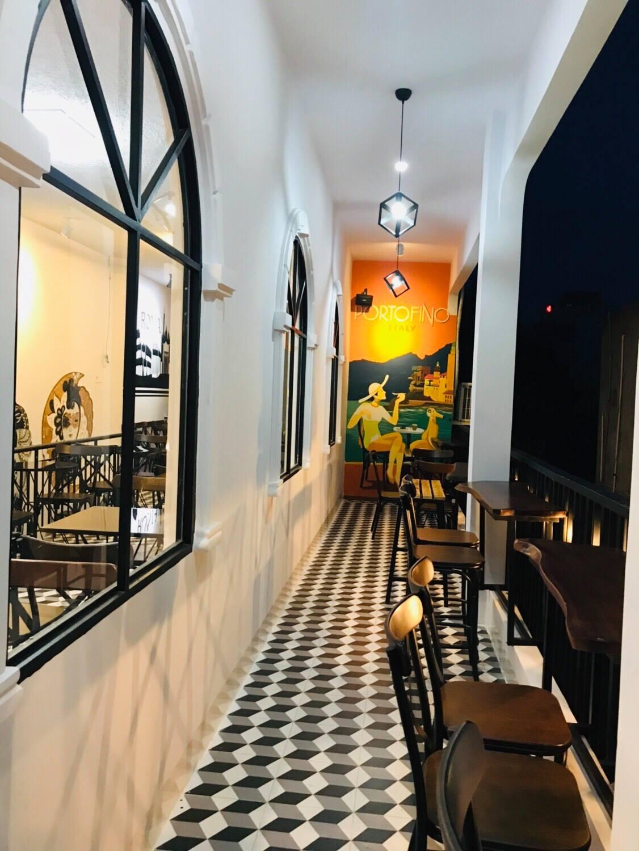 Bianco CAFFE không gian