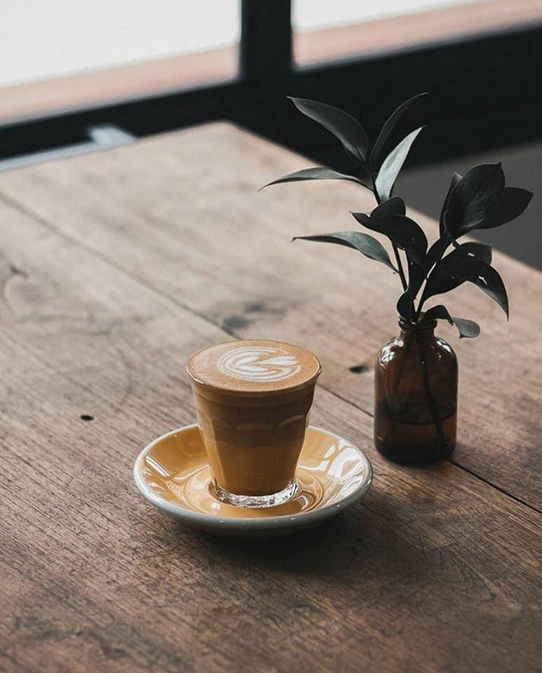 Bianco CAFFE menu