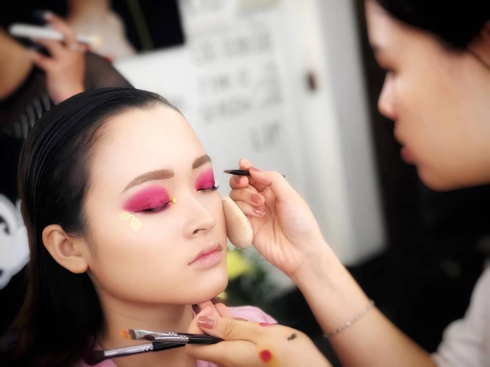 dịch vụ trang điểm tại Cao Tuấn Đạt Makeup Artish