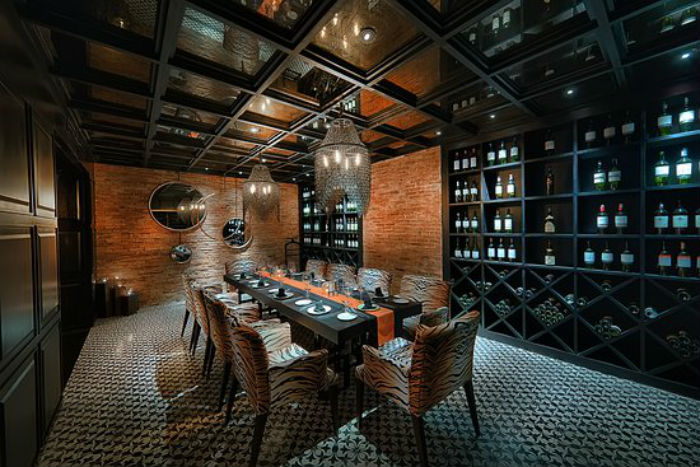 không gian quán Muse Dining & Grill ảnh2