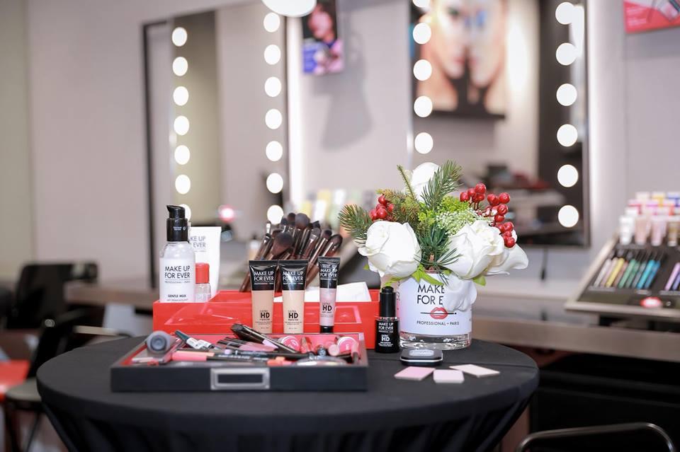 mỹ phẩm sử dụng tại Bul Nguyễn Make Up Store