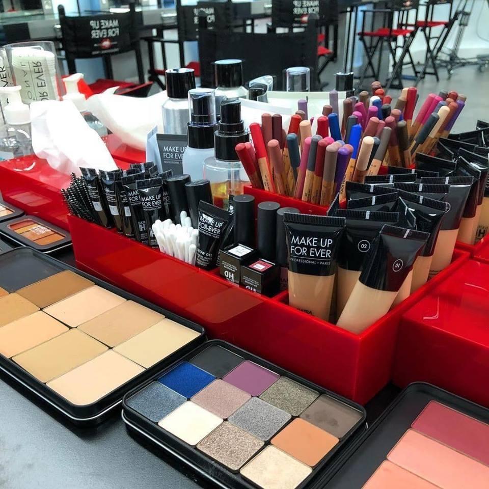 mỹ phẩm trang điểm Linh Linh Makeup Store 1