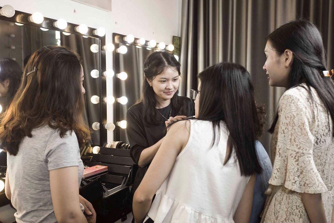 nhân viên trang điểm Giang Phạm Makeup 1