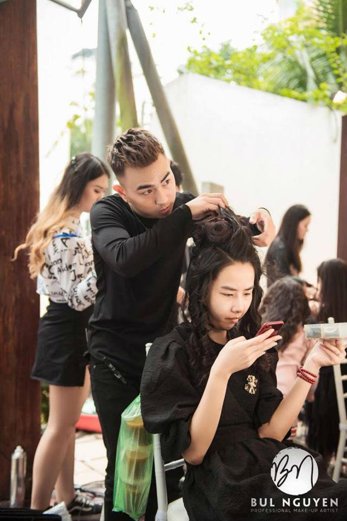 nhân viên trang điểm tại Bul Nguyễn Make Up Store 1