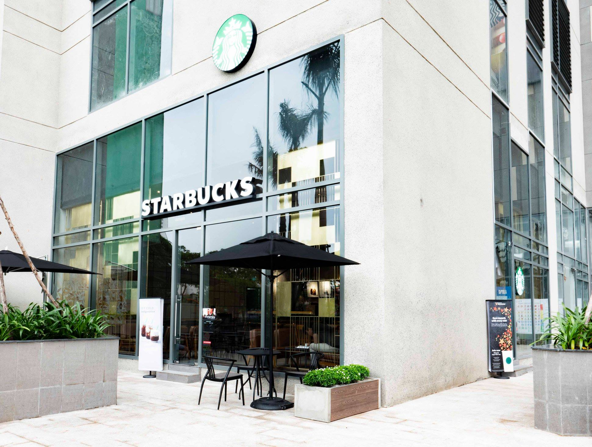 Starbucks Coffee - Lakai Building quận 5
