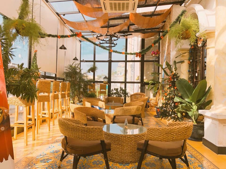 The Yum Cha Tearoom phòng kính