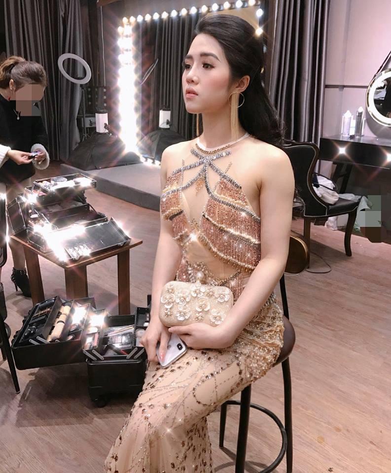 trang điểm dạ hội tại Makeup Hương Chane