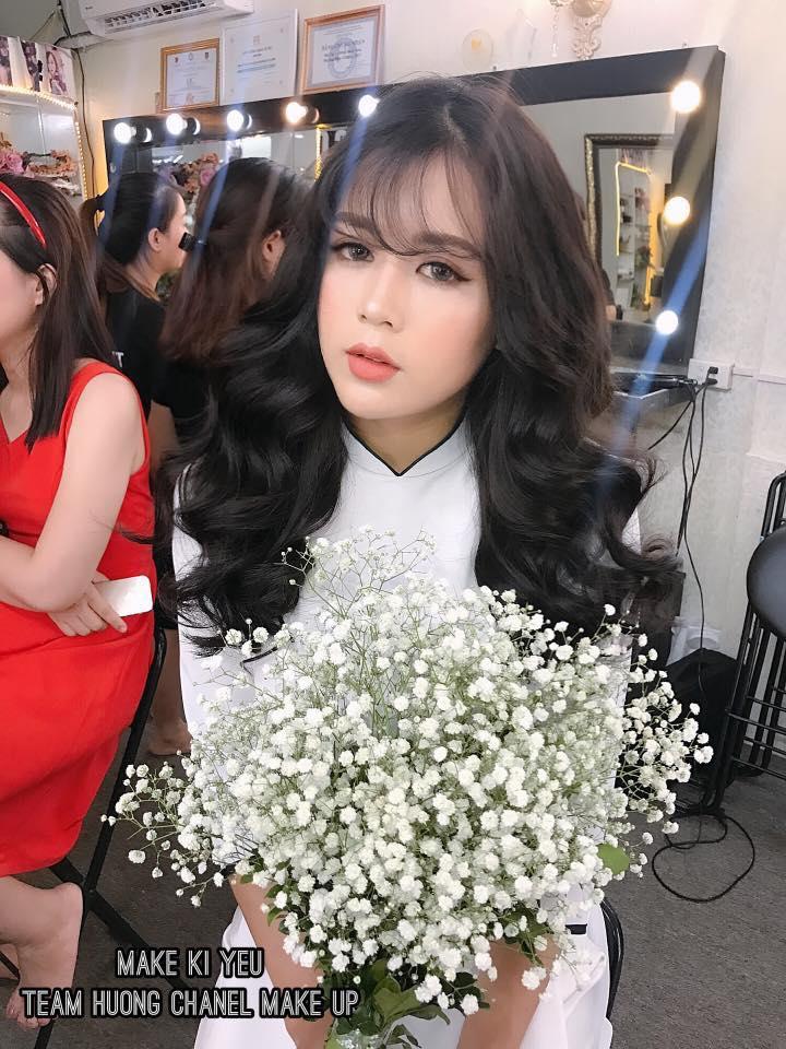 trang điểm kỷ yếu tại Makeup Hương Chane
