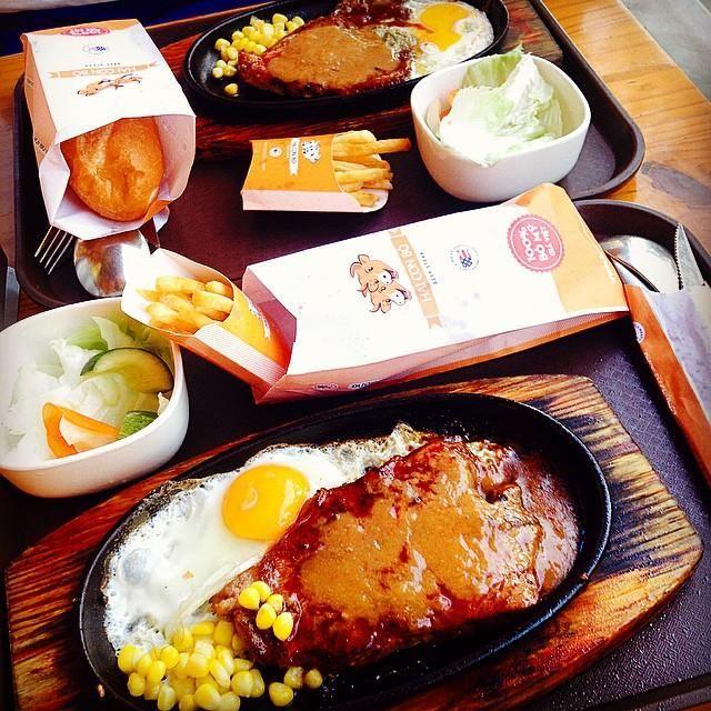 Giới thiệu về nhà hàng Hai Con Bò Beefsteak